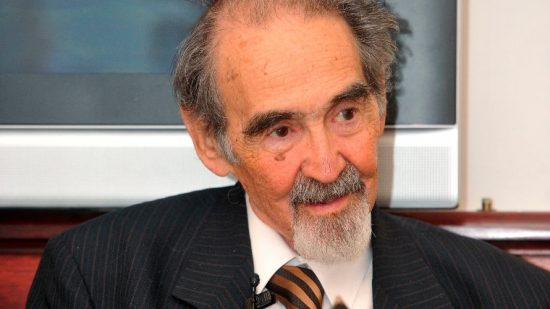 Elhunyt Bodor Pál